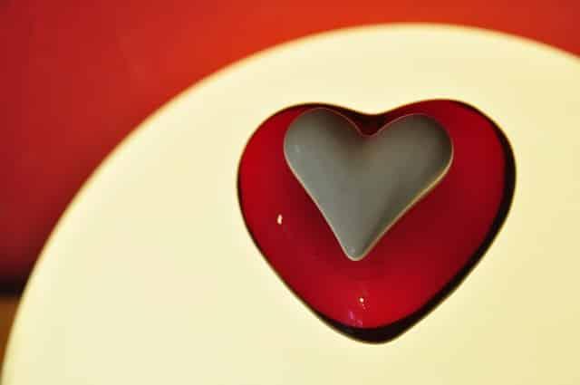 d couvrez comment trouver l 39 amour avec les conseils d 39 un coach. Black Bedroom Furniture Sets. Home Design Ideas