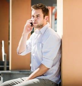 échange téléphonique entre ex