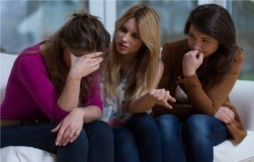 Sortir de la dépendance affective grâce au soutien des proches