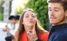 signes qui font penser que votre ex vous aime toujours