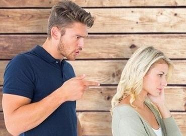 poser à ultimatum à sa femme