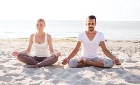 Commencer le yoga du bon pied