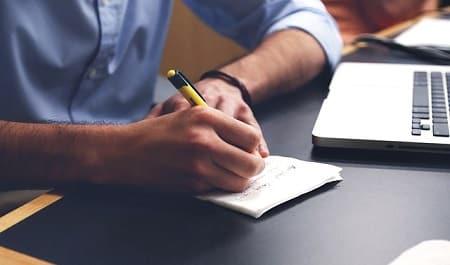 Voici comment écrire une lettre de rupture amoureuse