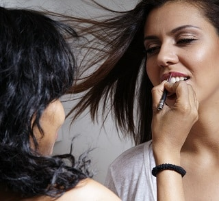 Comment bien se maquiller